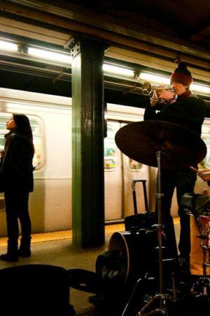 busking-in-new-york-city-subway